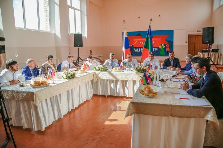 Рашид Темрезов встретился с представителями абазинских общественных организаций