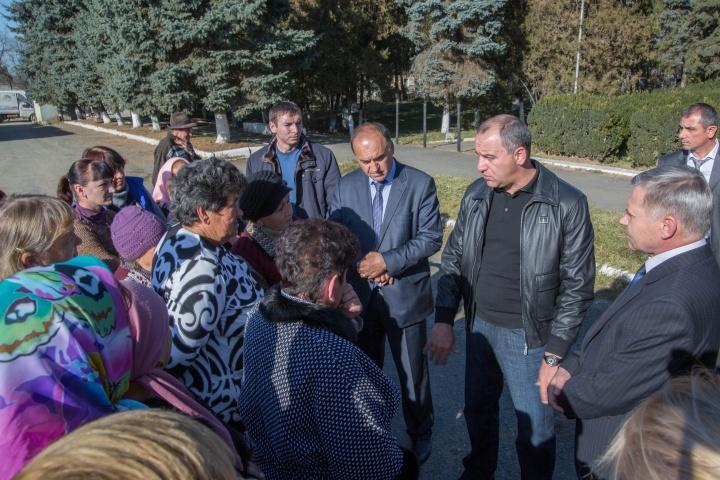 Рашид Темрезов посетил станицу Кардоникская