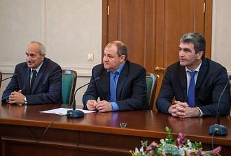 Молодые ученые, студенты вузов и старшеклассники получили Гранты Главы Карачаево-Черкесии