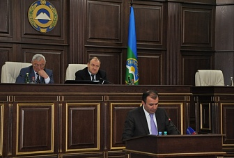 В Карачаево-Черкесии принят бюджет на 2016 год