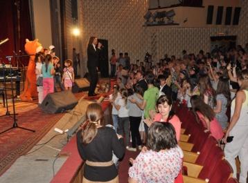 Около 800 детей республики посетили мастер-класс Народного артиста России Дмитрия Маликова